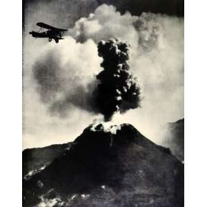 1934 Print Italy Bay of Naples Mount Vesuvius Volcano Eruption Smoke
