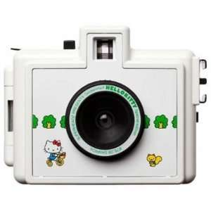 HELLO KITTY Golden Half Camera with FREE FILM