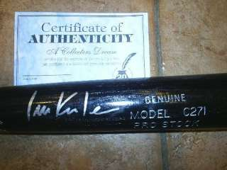 TEXAS RANGERS IAN KINSLER LOUISVILLE SLUGGER GAME USED BAT COA