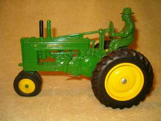 ERTL 557DA   1939 John Deere Model A   40th Annaver.