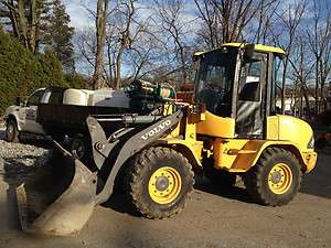 2002 volvo L30B 4x4 articulating wheel loader , LOW HOURS